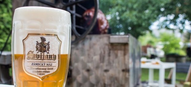 5 things you need to drink in Prague, Czech Republic | Pilsner beer #prague #pilsner #beer
