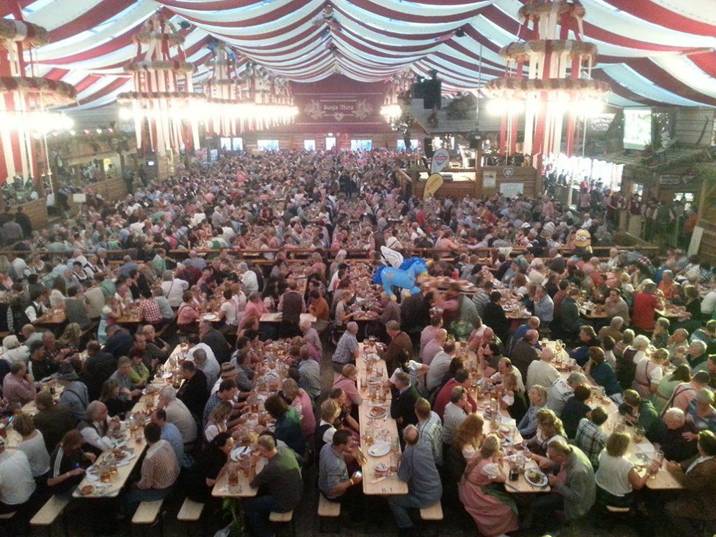 Bigger Opening Weekend than Oktoberfest Cannstatter Wasen